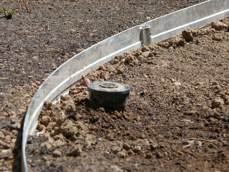 Divisore di alluminio per giardini